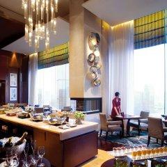 Отель The Ritz-Carlton, Shenzhen Китай, Шэньчжэнь - отзывы, цены и фото номеров - забронировать отель The Ritz-Carlton, Shenzhen онлайн питание