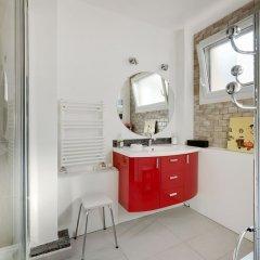Отель Appartement Paris centre Canal St Martin в номере фото 2