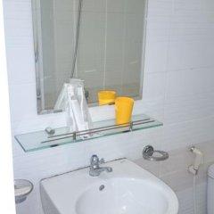 Отель Quang Nhat Hotel Вьетнам, Нячанг - отзывы, цены и фото номеров - забронировать отель Quang Nhat Hotel онлайн ванная