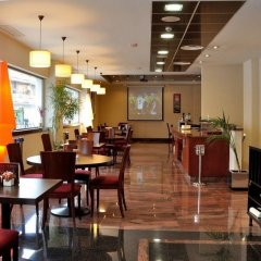 Hotel Clement Barajas питание
