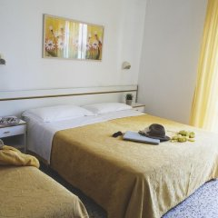 Отель REYT Римини комната для гостей фото 2