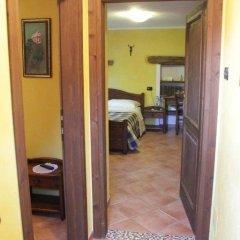 Отель Chambres D'hotes Les Fleurs Грессан интерьер отеля фото 2