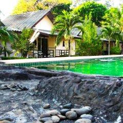 Отель Lanta Scenic Bungalow Таиланд, Ланта - отзывы, цены и фото номеров - забронировать отель Lanta Scenic Bungalow онлайн бассейн