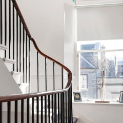 Отель Re-imagined Flat in Georgian Architecture Townhouse Эдинбург интерьер отеля фото 2