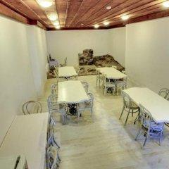 Отель Guest House Old Plovdiv Болгария, Пловдив - отзывы, цены и фото номеров - забронировать отель Guest House Old Plovdiv онлайн питание фото 3