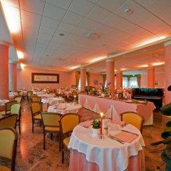 Отель Columbia Италия, Абано-Терме - отзывы, цены и фото номеров - забронировать отель Columbia онлайн помещение для мероприятий фото 2