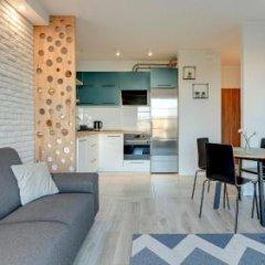 Апартаменты Downtown Apartments - Nowa Motlawa комната для гостей фото 7