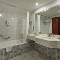 Crystal Sunrise Queen Luxury Resort & Spa Турция, Сиде - 1 отзыв об отеле, цены и фото номеров - забронировать отель Crystal Sunrise Queen Luxury Resort & Spa - All Inclusive онлайн ванная фото 2