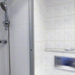 Отель Kunibert der Fiese Германия, Кёльн - отзывы, цены и фото номеров - забронировать отель Kunibert der Fiese онлайн ванная фото 2