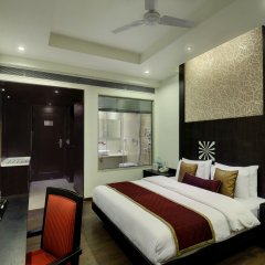 Hotel Godwin Deluxe комната для гостей