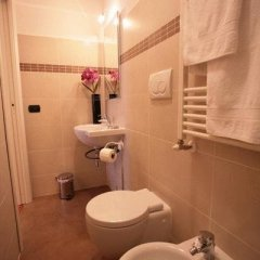 Отель Гостевой дом Magnifico Messere Италия, Флоренция - отзывы, цены и фото номеров - забронировать отель Гостевой дом Magnifico Messere онлайн ванная
