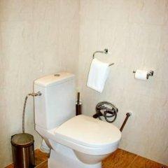 Гостиница Багатель в Кореизе отзывы, цены и фото номеров - забронировать гостиницу Багатель онлайн Кореиз ванная