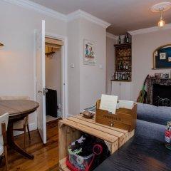 Отель 1 Bedroom Flat Near Hampstead Heath комната для гостей фото 3