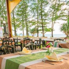 Phuket Island View Hotel питание