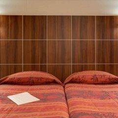 Отель Terminus Montparnasse Париж комната для гостей фото 4