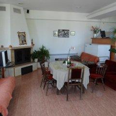 Отель Guest House Spiro Near Botanical Garden Балчик питание фото 2