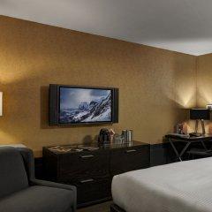 Отель Arts Канада, Калгари - отзывы, цены и фото номеров - забронировать отель Arts онлайн удобства в номере фото 2
