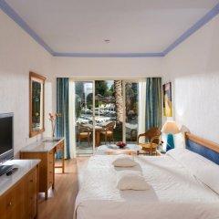 Отель Paphos Gardens Holiday Resort комната для гостей фото 4