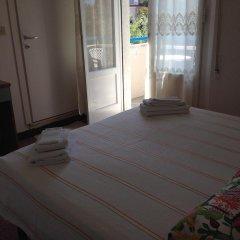 Hotel Arlesiana Римини комната для гостей