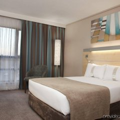 Отель Holiday Inn Express Sandton Woodmead комната для гостей фото 2