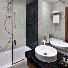 Movenpick Hotel Apartments Downtown Dubai Дубай ванная фото 2