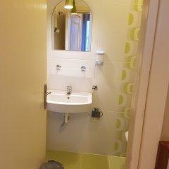 Crowded House Турция, Эджеабат - отзывы, цены и фото номеров - забронировать отель Crowded House онлайн ванная