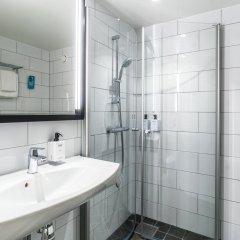 Отель Scandic Grand Hotel Швеция, Эребру - отзывы, цены и фото номеров - забронировать отель Scandic Grand Hotel онлайн ванная