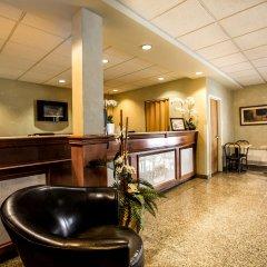 Отель Chateau Repotel Henri IV Канада, Квебек - отзывы, цены и фото номеров - забронировать отель Chateau Repotel Henri IV онлайн интерьер отеля фото 3