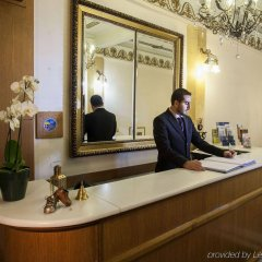 Tourist Hotel интерьер отеля