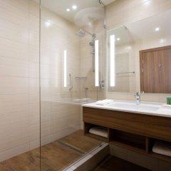 Гостиница Хилтон Гарден Инн Оренбург в Оренбурге 6 отзывов об отеле, цены и фото номеров - забронировать гостиницу Хилтон Гарден Инн Оренбург онлайн ванная