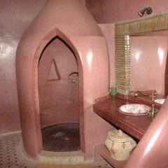Отель Kasbah Leila Марокко, Мерзуга - отзывы, цены и фото номеров - забронировать отель Kasbah Leila онлайн ванная