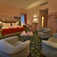 Отель Ramada Airport Hotel Prague Чехия, Прага - 2 отзыва об отеле, цены и фото номеров - забронировать отель Ramada Airport Hotel Prague онлайн фото 23