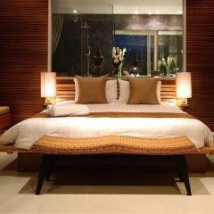 Отель The Quarter Resort Phuket сейф в номере