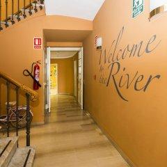 Отель The River Hostel Испания, Валенсия - 1 отзыв об отеле, цены и фото номеров - забронировать отель The River Hostel онлайн интерьер отеля фото 3