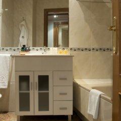 Отель Aparthotel Quo Eraso Мадрид ванная