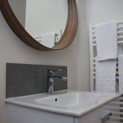 Отель Slo living hostel Франция, Лион - отзывы, цены и фото номеров - забронировать отель Slo living hostel онлайн ванная