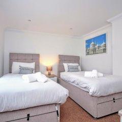 Апартаменты Celebrity Apartments Brighton Queens комната для гостей фото 2