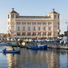 Отель Ortea Palace Luxury Hotel Италия, Сиракуза - отзывы, цены и фото номеров - забронировать отель Ortea Palace Luxury Hotel онлайн приотельная территория фото 2