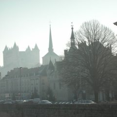 Апартаменты Apartment With 2 Bedrooms in Saumur, With Wonderful City View and Wifi Сомюр балкон