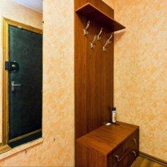 Отель Flats of Moscow Flat Generala Belova 49 Москва сейф в номере