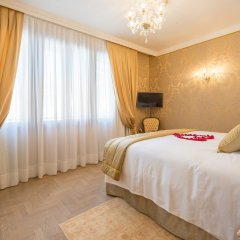 Апартаменты Ai Patrizi Venezia - Luxury Apartments комната для гостей фото 4
