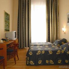 Отель Swing City Венгрия, Будапешт - 6 отзывов об отеле, цены и фото номеров - забронировать отель Swing City онлайн комната для гостей фото 2