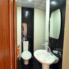 Отель Golden Eagle Армения, Ереван - отзывы, цены и фото номеров - забронировать отель Golden Eagle онлайн ванная