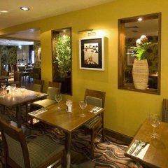 Отель Premier Inn London Kensington питание фото 2