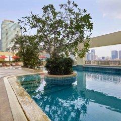 Отель AVANI Atrium Bangkok Таиланд, Бангкок - 4 отзыва об отеле, цены и фото номеров - забронировать отель AVANI Atrium Bangkok онлайн бассейн фото 2