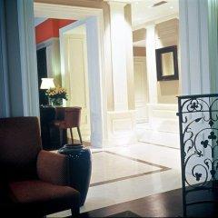 Отель Le Lavoisier Париж комната для гостей