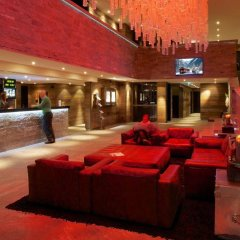 Отель Grischa - DAS Hotel Davos Швейцария, Давос - отзывы, цены и фото номеров - забронировать отель Grischa - DAS Hotel Davos онлайн интерьер отеля