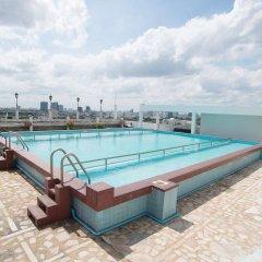 Elizabeth Hotel бассейн