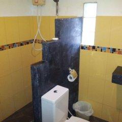 Отель Lanta Scenic Bungalow Таиланд, Ланта - отзывы, цены и фото номеров - забронировать отель Lanta Scenic Bungalow онлайн ванная фото 2