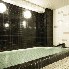 Отель First Cabin Akihabara Япония, Токио - отзывы, цены и фото номеров - забронировать отель First Cabin Akihabara онлайн бассейн
